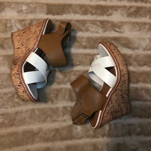 Mossimo strappy crisscross cork wedges 6.5